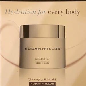 Rodan and Fields active hydration body cream